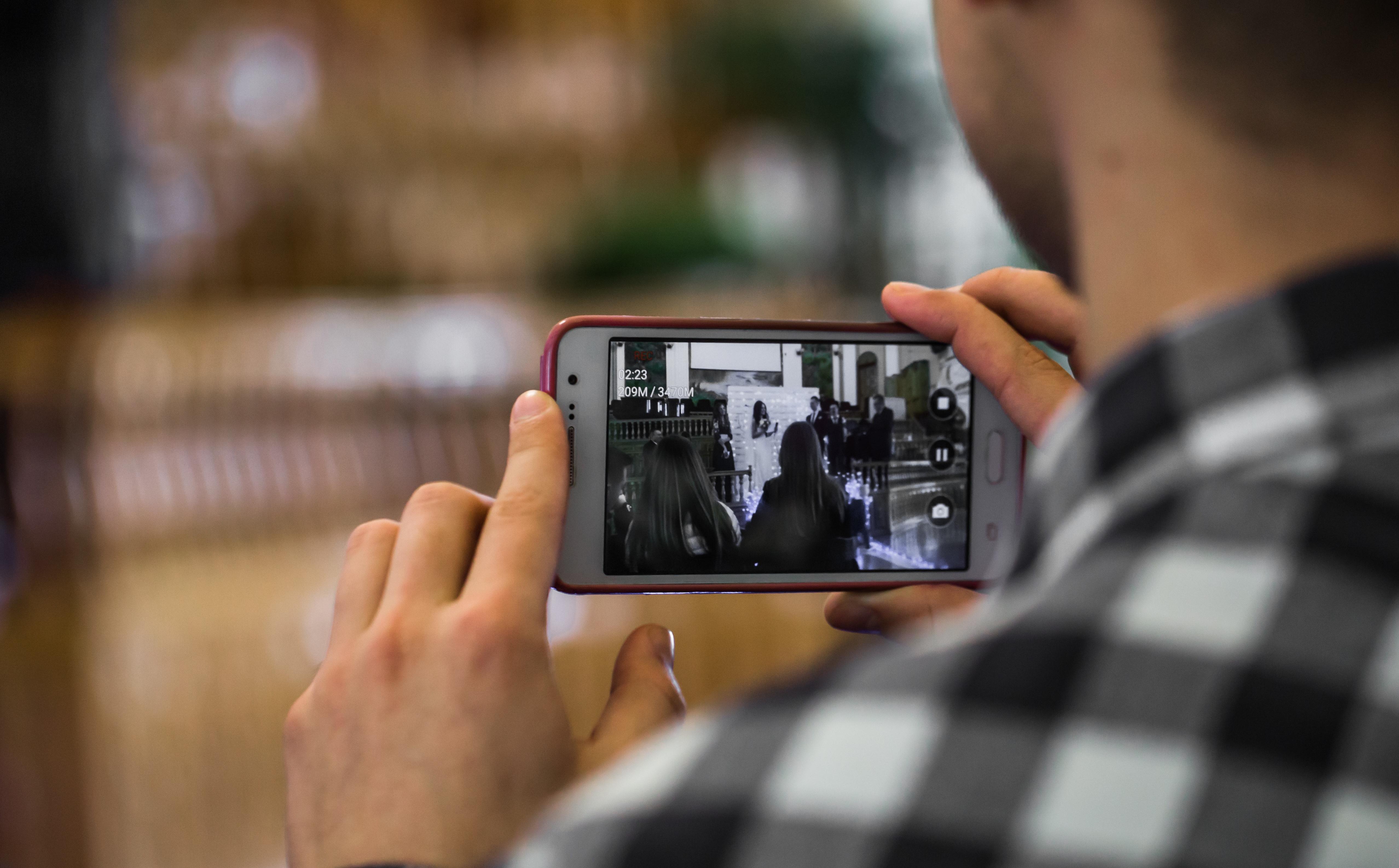 Unternehmerapéro «Richtig gut filmen mit dem Smartphone»