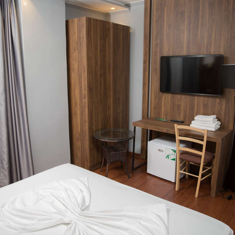 Two persons room (Single bed)