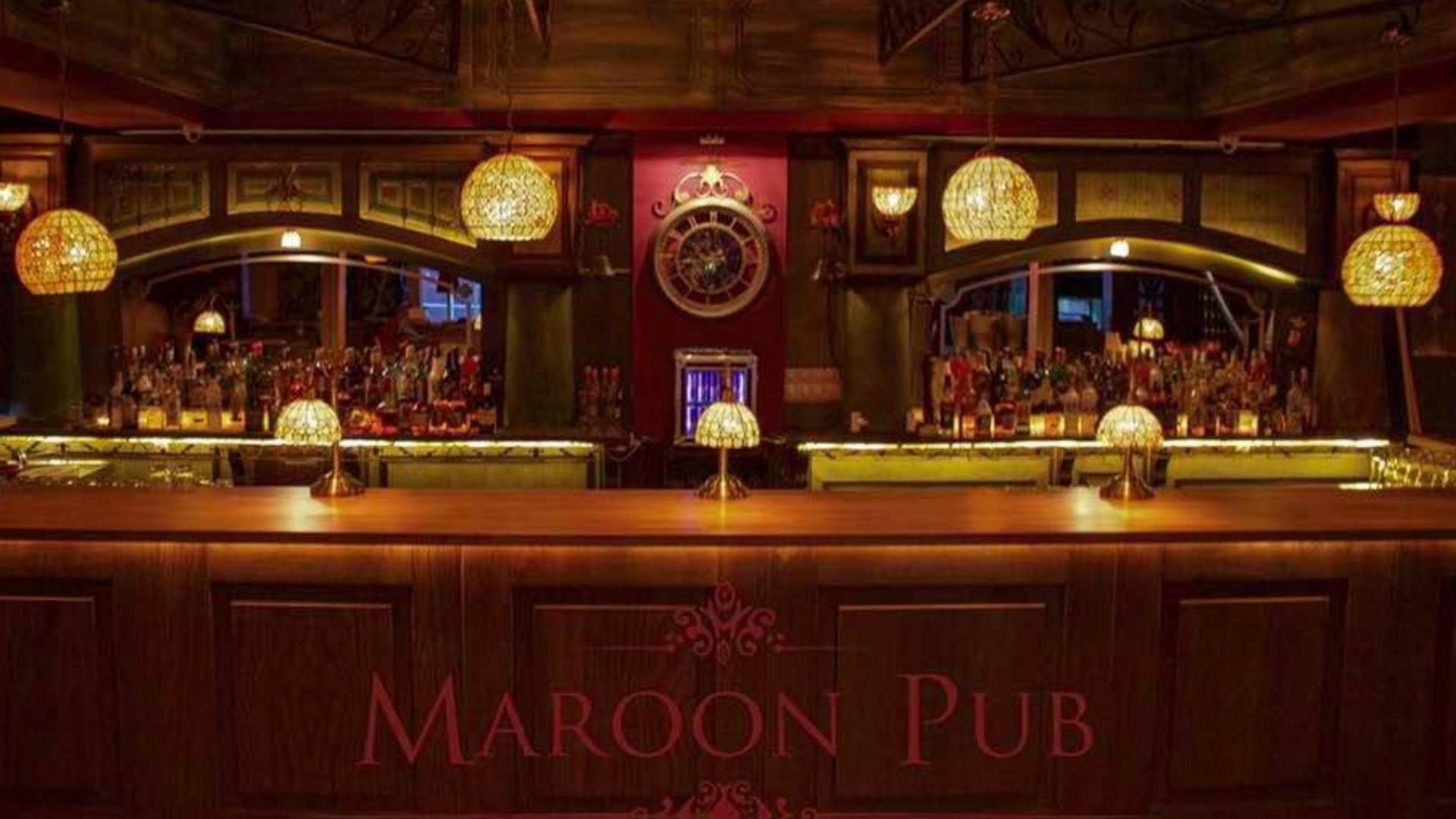 Maroon Pub